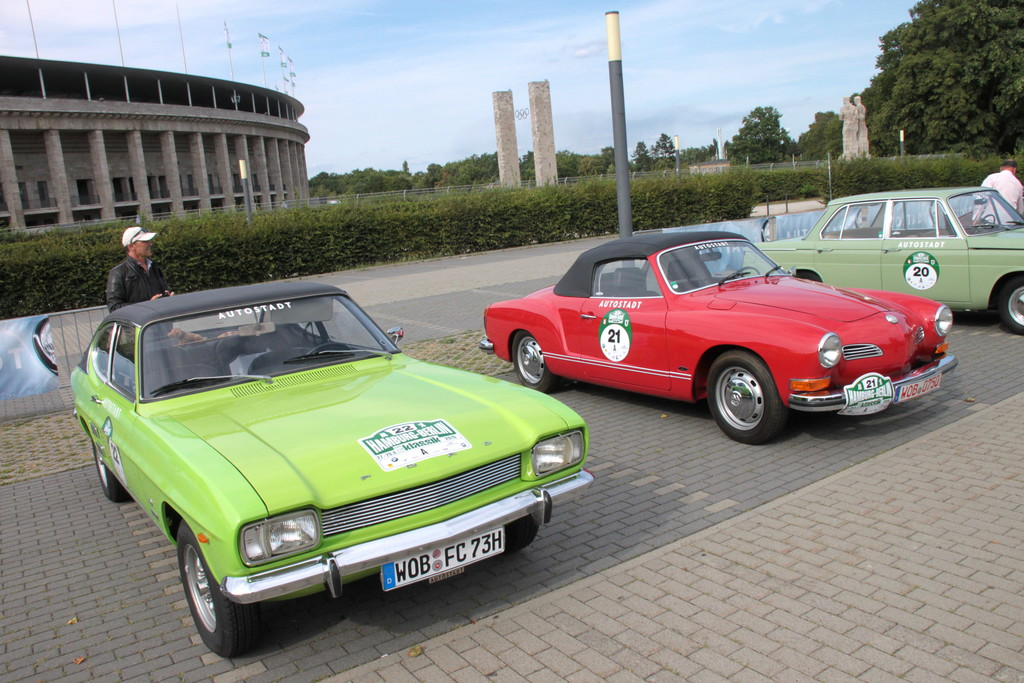 Hamburg-Berlin-Klassik: Promis fahren für die Autostadt. © spothits/Auto-Medienportal.Net/Westermann