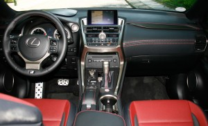 Lexus NX 200t F-Sport: Charakterdarsteller. © spothits/Auto-Medienportal.Net/Busse