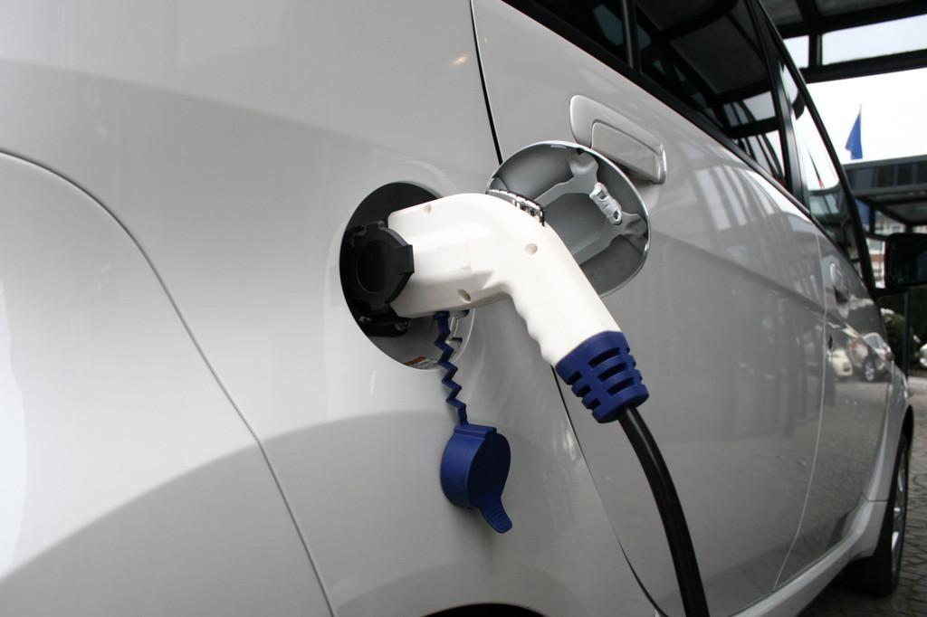 VDA: Deutschland muss bei der Elektromobilität Gas geben. © spothits/Auto-Medienportal.Net