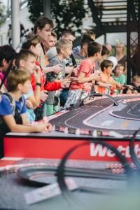 """Auf der IAA fällt der Startschuss für die """"Carrera Challenge Tour"""". © spothits/Auto-Medienportal.Net/Carrera"""