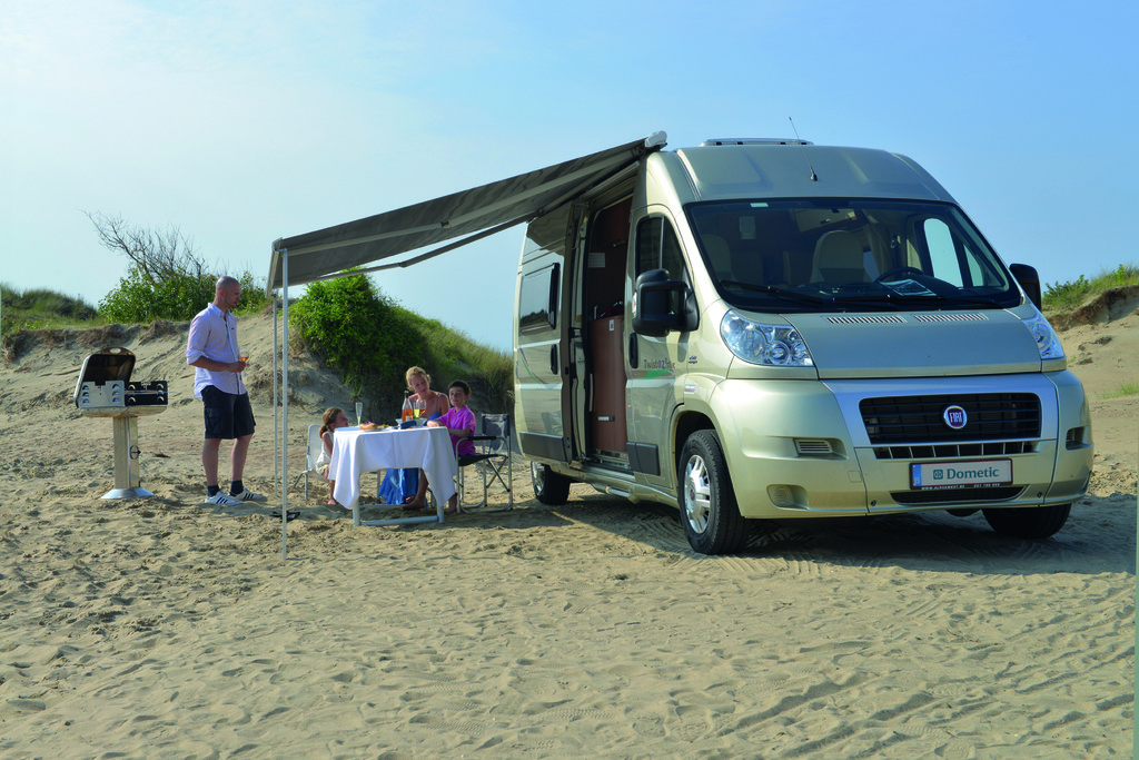 Markise Von Dometic F R Ducato Reisemobile Spothits