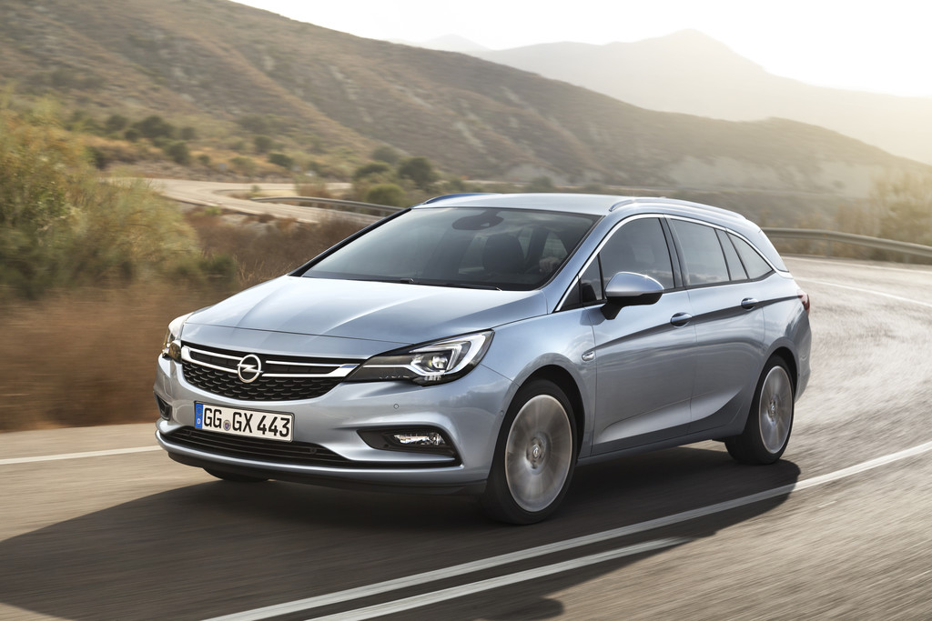 IAA 2015: Opel Astra Sports Tourer macht mehr Platz. © spothits/Auto-Medienportal.Net/Opel