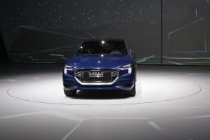 IAA 2015: Audis Elektro-SUV soll über 500 Kilometer schaffen. © spothits/Auto-Medienportal.Net/Thomas Bräunig