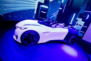 IAA 2015: Peugeot Fractal bewegt die akustischen Informationen im Innenraum. © spothits/Auto-Medienportal.Net/Thomas Bräunig