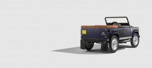 Land Rover Defender zum teuren Treten. © spothits/Auto-Medienportal.Net/Land Rover