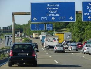 Permanentes Fahren auf der Mittelspur mit Einschränkungen gestattet. © spothits/Auto-Medienportal.Net/AvD