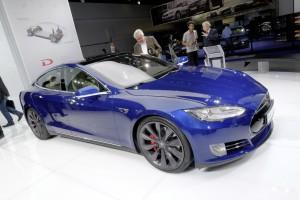 Tesla auf Berg- und Talfahrt. © spothits/Auto-Medienportal.Net/Manfred Zimmermann