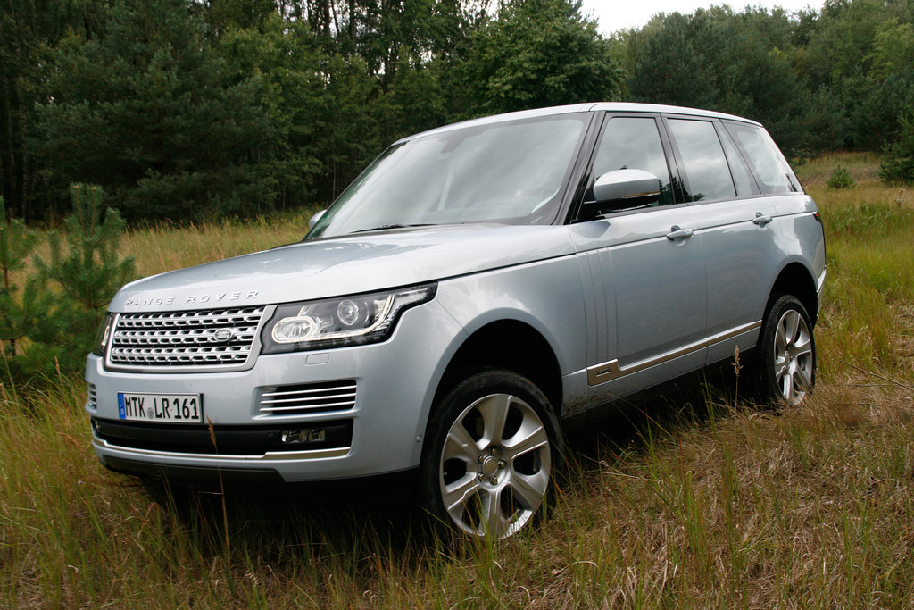 Fahrbericht Range Rover SDV6 Diesel Hybrid: Wenn der Lord stromert. © spothits/Auto-Medienportal.Net/Busse