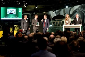 Goldenes Klassik-Lenkrad verliehen. © spothits/Auto-Medienportal.Net/Volkswagen