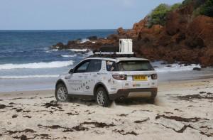 Australien-Tour 2015: Offroad-Amateurer bewähren sich im Outback. © spothits/Auto-Medienportal.Net/Jaguar Land Rover