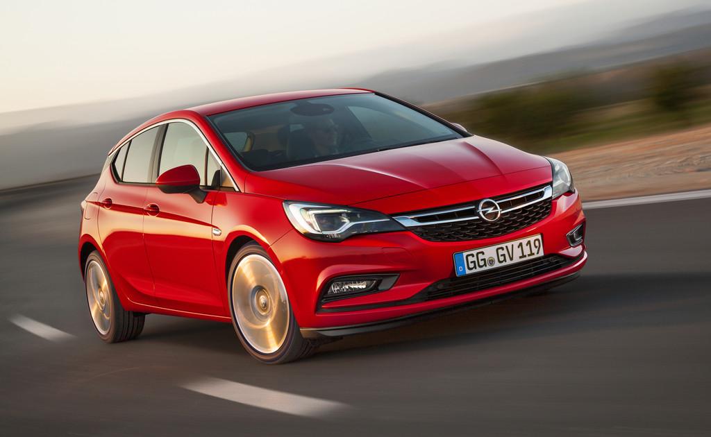 "Sieben ""Goldene Lenkräder"" verliehen. © spothits/Auto-Medienportal.Net/Opel"