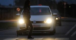 Fußgänger müssen im Winter besonders vorsichtig sein. © spothits/Auto-Medienportal.Net/GDV