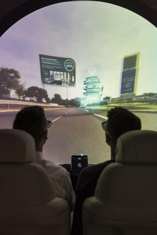 Mercedes-Benz widmet sich der virtuellen Realität. © spothits/Auto-Medienportal.Net/Daimler