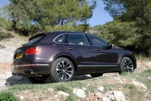 Bentley Bentayga: Luxuriöse Lizenz zum Kraxeln. © spothits/Auto-Medienportal.Net/Busse