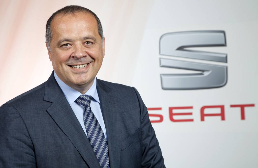 """Bernhard Bauer: """"Der Cupra spiegelt die Markenwerte par excellence wider"""". © spothits/Auto-Medienportal.Net/Seat"""