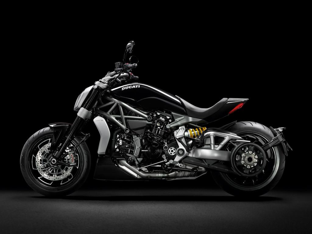 Die Ducati Diavel lernt das Cruisen. © spothits/Auto-Medienportal.Net/Ducati