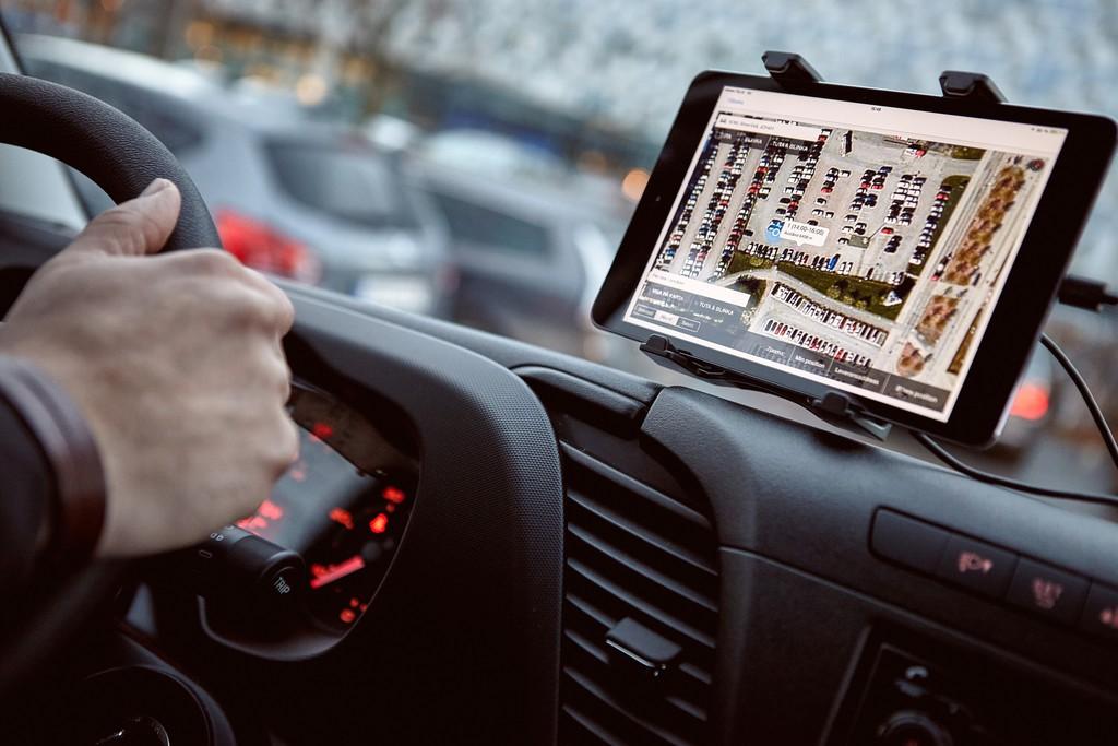Volvo lässt Waren bis ins Auto liefern. © spothits/Auto-Medienportal.Net/Volvo