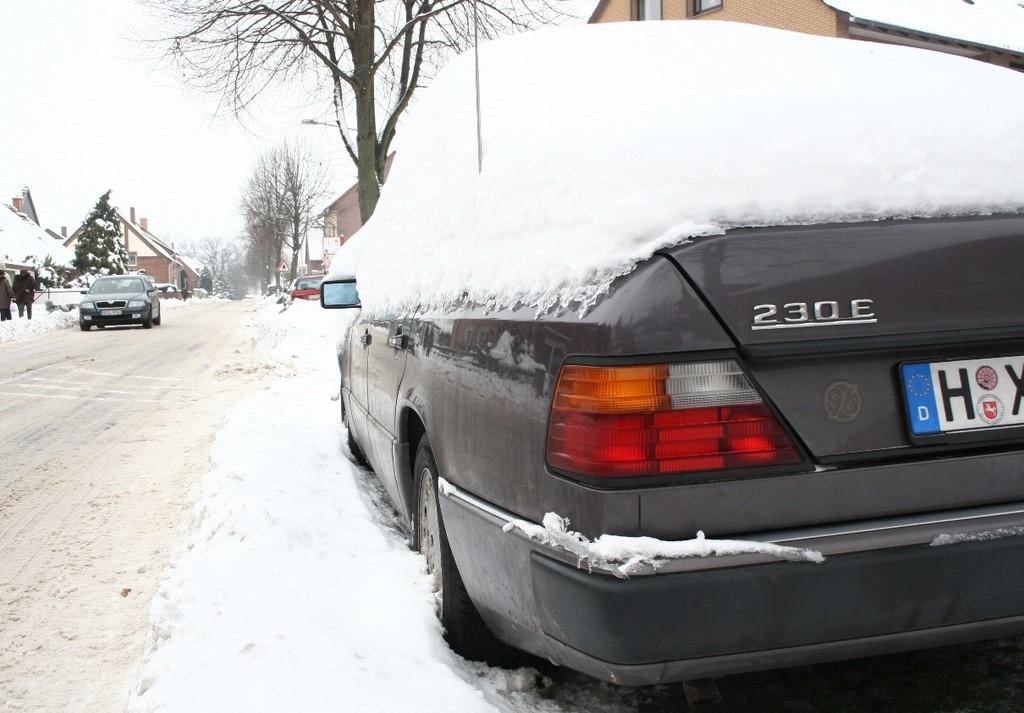 Ratgeber: Eis entfernen ohne Kratzer. © spothits/Auto-Medienportal.Net