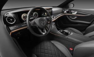 Mercedes-Benz E-Klasse: Sternenstaub und Daumenkino. © spothits/Auto-Medienportal.Net/Daimler