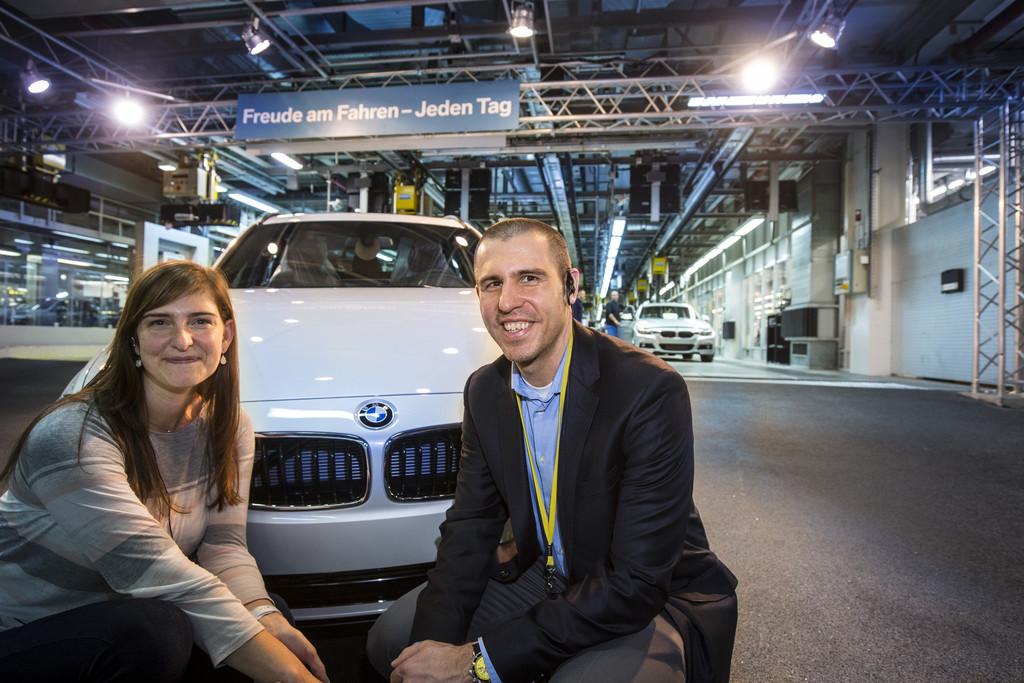 Ehepaar aus den USA holt 150 000sten BMW ab. © spothits/Auto-Medienportal.Net/BMW