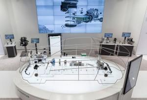 "Detroit 2016: Schaeffler zeigt Technologien im ""gläsernen Auto"". © spothits/Auto-Medienportal.Net/Schaeffler"