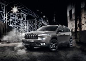 "Jeep Cherokee als Sondermodell ""Night Eagle"". © spothits/Auto-Medienportal.Net/Schaeffler/FiatChrysler"