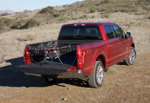 Ford sucht Drohne für Fahrzeug. © spothits/Auto-Medienportal.Net/Ford