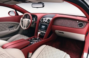Bentley baut Steine ein. © spothits/Auto-Medienportal.Net/Bentley