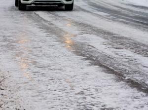 Ratgeber: Bei Glätte einen kühlen Kopf bewahren. © spothits/Auto-Medienportal.Net/ACE/Tschovikov