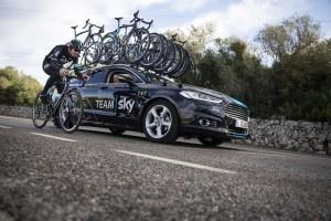 "Ford stellt Fahrzeuge für ""Team Sky"". © spothits/Auto-Medienportal.Net/Ford"
