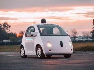 Roboter in den USA legal am Steuer. © spothits/Auto-Medienportal.Net/Google