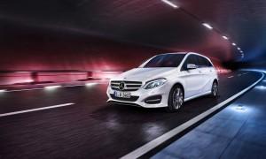 Mercedes-Benz-Sondermodelle zur Fußball-EM. © spothits/Auto-Medienportal.Net/Daimler