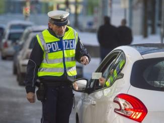 Auch in der närrischen Zeit nur nüchtern ans Steuer. © spothits/Auto-Medienportal.Net/ADAC