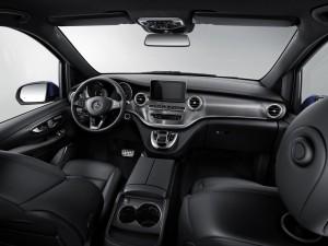 Genf 2016: Mehr Ausstattung für die V-Klasse. © spothits/Auto-Medienportal.Net/Daimler