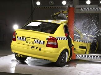 Umfrage: Sicherheit beim Autokauf zweitrangig. © spothits/Auto-Medienportal.Net/Dekra