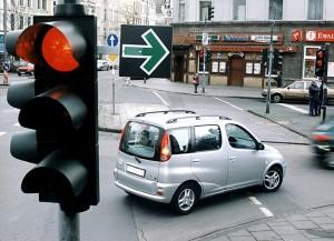 Auch bei gelber Ampel muss angehalten werden. © spothits/Auto-Medienportal.Net/ADAC