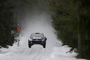 WRC Schweden: Die Waldmenschen an Colin´s Crest. © spothits/Auto-Medienportal.Net/Kräling