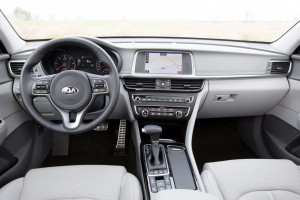 Genf 2016: Kia mit einem Kombi und zwei Hybrid-Modellen. © spothits/Auto-Medienportal.Net/Kia