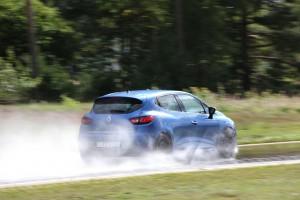 ADAC testet Sommerreifen. © spothits/Auto-Medienportal.Net/ADAC