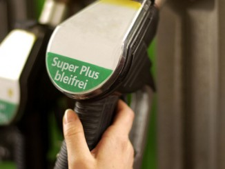 Kraftstoffpreise im Ländervergleich. © spothits/Auto-Medienportal.Net/ADAC