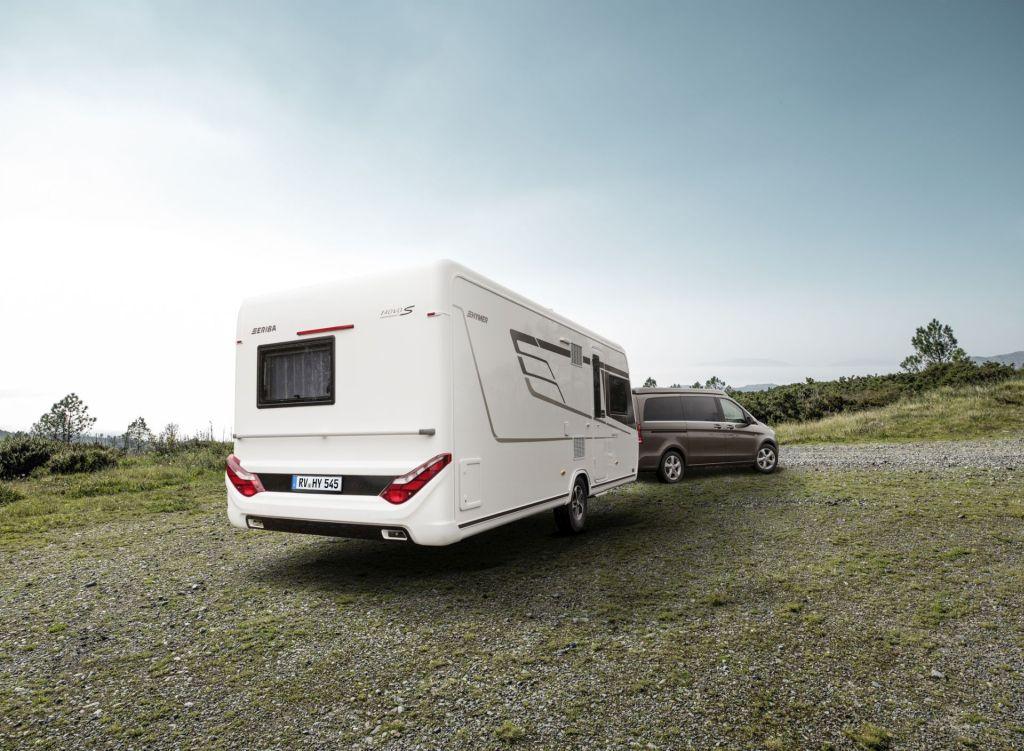 hymer eriba nova s neues caravan topmodell spothits. Black Bedroom Furniture Sets. Home Design Ideas