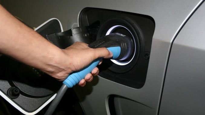 Bund will E-Autos mit 4000 Euro bezuschussen. © spothits/Elektromobilität./Foto: Auto-Medienportal.Net