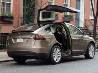 Tesla ruft sein Model X in die Werkstatt. © spothits/Tesla Model X./Foto: Foto: Jeff Jablansky