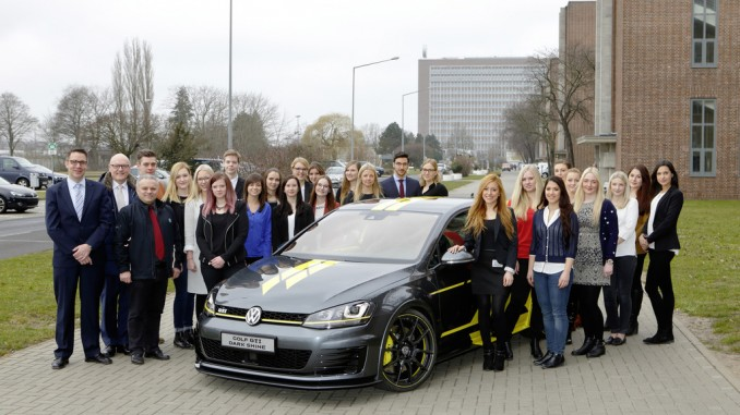 Volkswagen beruft 26 junge Fachkräfte in Talentkreis. © spothits/Volkswagen