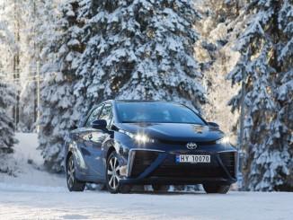 Der Toyota Mirai geht in den hohen Norden. © spothits/Toyota Mirai im nordischen Winter. Foto: Foto: Hersteller