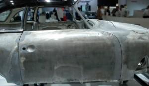 Techno Classica 2016: GTÜ blickt durch den Lack. © spothits/Thermografie-Fahrzeugscanner: Porsche 356 im Erstlack, die dunkelblauen Bereiche zeigen die Verzinnung ab Werk. Foto: Carl Messtechnik/GTÜ