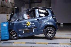 Euro NCAP crasht vier Micro-Cars. © spothits/Ligier M.Go Family im Euro-NCAP-Crashtest./Foto: Euro NCAP