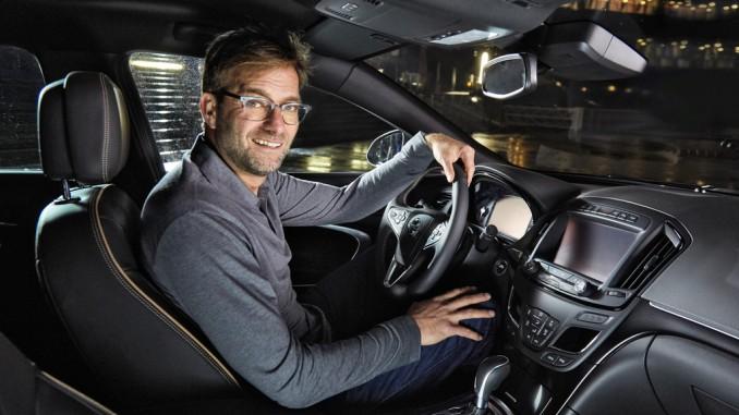 Opel veröffentlicht Spot mit Jürgen Klopp und Ken Duken. © spothits/Jürgen Klopp im Opel Insignia./Foto: Opel
