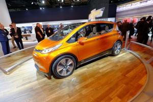 GM will auf öffentlichen Straßen fahrerlose Taxis testen. © spothits/Chevrolet Bolt EV./Foto: Auto-Medienportal.Net/Manfred Zimmermann