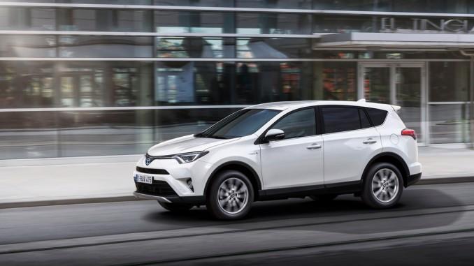 Toyota tauscht Neuwagen nach drei Jahren um. © spothits/Toyota RAV4 Hybrid./Foto: Auto-Medienportal.Net/Toyota